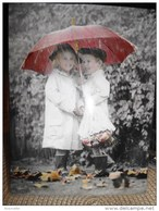 Enfants De SYLVIA MURRAY : Un Petit Coin De Parapluie!! - Non Classés