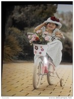 Enfants De SYLVIA MURRAY :  Fillette A  Vélo - Non Classés
