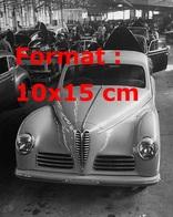 Reproduction D'unePhotographie Ancienne D'une Ligne De Montage Des Alfa Romeo - Reproductions