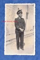 Photo Ancienne Snapshot - Beau Portrait D'un Officier - Marine Nationale - Capitaine De Vaisseau ? Uniforme - Guerre, Militaire