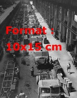 Reproduction D'unePhotographie Ancienne D'une Usine Alfa Romeo Fabricant Des Automobiles Et Camions - Reproductions