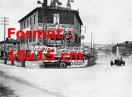 Reproduction Photographie Ancienne D'une Alfa Romeo Sur L'épingle à Cheveux Les 7 Chemins Au Grand Prix De France 1924 - Reproductions