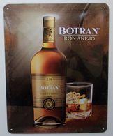 - Plaque Publicitaire En Tôle. RHUM - BOTRAN - - Advertising (Porcelain) Signs