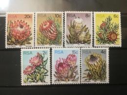 FRANCOBOLLI STAMPS SUD AFRICA SOUTH 1977 MNH** NUOVI SERIE FLORA FIORI RSA - South Africa (1961-...)