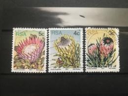 FRANCOBOLLI STAMPS SUD AFRICA SOUTH 1977 USED SERIE FLORA FIORI RSA - Sud Africa (1961-...)