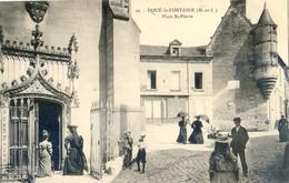 49 - Doué La Fontaine - Place Saint Pierre - Doue La Fontaine