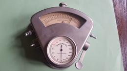 Oscillostat And Manometer BS Germany Vintage - Matériel Médical & Dentaire
