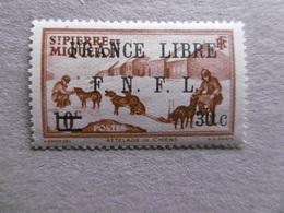 S P M   P 275 * *   SERIE COURANTE CHIENS DE TAINEAU - St.Pierre & Miquelon