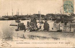 CPA RARE LES SABLES D'OLONNE UN BON COIN POUR LES PECHEURS A LA LIGNE - Sables D'Olonne