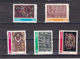 Peru Nº 528 Al 529 Y A285 Al A287 - Peru