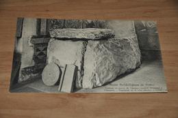 9863-   MUSEE ARCHEOLOGIQUE DE NAMUR , TOMBEAU EN PIERRE..... - Namur