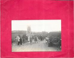 CARTE PHOTO A IDENTIFIER -  Cérémonie Religieuse - Carte Postée à LORMES - ARD - - Postcards