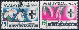 Malasia ( Estado De Sarawak ) 1965  -  Michel  214 + 217  ( Usados ) - Malasia (1964-...)