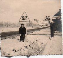 95Eb  Photo 45 Les Bordes Passage à Niveau En 1955 - Altri Comuni
