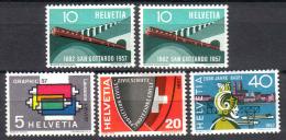 Zu 328-331 Y C, 329a+b / Mi 637-640 Y C. 638a+b / YT 586-589 Série Complète ** / MNH SBK 14,50 Voir Description - Suisse
