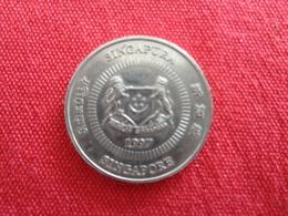 Pièce  De 50 Cents 1997 Singapura - Singapur