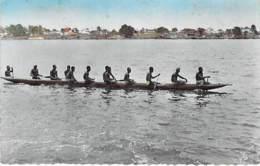 AFRIQUE NOIRE - COTE D'IVOIRE - ABIDJAN : Les Piogues Sur La Lagune - CPSM Dentelée Noir Blanc Format CPA - Black Africa - Ivory Coast