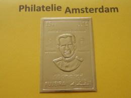 Fujeira 1972, GOLD FOIL PAPER / DE GAULLE / POMPIDOU: Mi 1544, Type B, ** - De Gaulle (General)