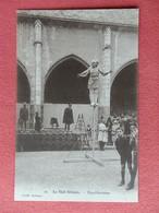Dep 45 , Cpa ORLEANS , Le Vieil Orléans , 10 , Equilibristes  (013) - Orleans