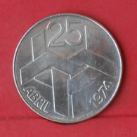 PORTUGAL 250 ESCUDOS 1976 - 25 GRS - 0,680 SILVER   KM# 604 - (Nº28914) - Portugal