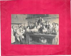 CARTE PHOTO A IDENTIFIER -  Groupe De Chercheurs - Date 31 Juillet 1910 - ARD - - Postcards