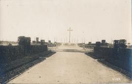 02) LE SOURD : Cimetière - Friedhof - Carte-photo Allemande - 1.WK - WW1 - Weltkrieg (annotée Bei GUISE) - Guise
