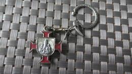 PORTE CLEF CROIX RELIGIEUSE - Autres Collections