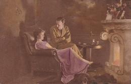 AK Paar Vor Dem Kamin - 1920 (41345) - Couples