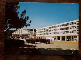 L21/204 Hourtin. Centre De Formation Marine D'Hourtin. La Caserne Jean Bart Et Le Foyer - Autres Communes
