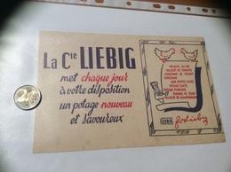Buvard «La Cie LIEBIG Met Chaque Jour à Votre Disposition Un Potage Nouveau Et Savoureux» - Sopas & Salsas