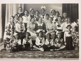 Romania Dej FOTO 1935 Dr. Czettele Dej Catolicism Copii Chatolic Kids School Costumes - Romania