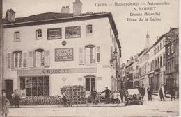 57 - DIEUZE - CYCLES A. ROBERT - MOTOCYCLETTES - AUTOMOBILES - PLACE DE LA SALINE - Dieuze