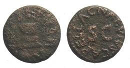 [H] +++ AE Quadrans - AUGUSTUS - RIC² 466 - C. NAEVIVS CAPELLA -- Altar +++ - 1. Die Julio-Claudische Dynastie (-27 / 69)