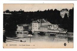FRANCE / CPA / MAYENNE / LES GRANDS MOULINS / - Mayenne
