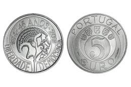 "PORTUGAL 5 Euro  2.019  2019  ""45.° ANIVERSÁRIO DO 25 DE ABRIL""  CU-NI  SC/UNC   T-DL-12.281 - Portugal"