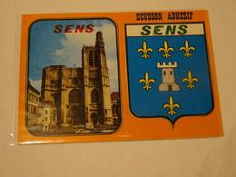 Carte Postale Blason écusson Adhésif Autocollant  Sens Cathédrale Yonne Adesivi Stemma Aufkleber Wappen - Obj. 'Souvenir De'