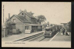 Arrivee D Un Train En Gare De Noeux - Noeux Les Mines