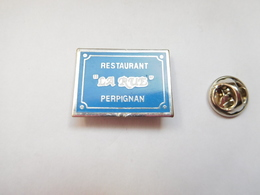 Beau Pin's , Ville De Perpignan , Restaurant La Rue , Pyrénées Orientales - Villes