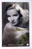 MARLENE DIETRICH PHOTOGRAPHIE   7 X 5 CM - Célébrités