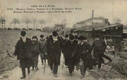 LE PRESIDENT DE LA REPUBLIQUE VISITE LES INONDES - Inondations De 1910