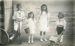 Belgique Blankenberghe Jouets De Plage Jeu D'Enfants Ancienne Photo 1920 - Anonymous Persons