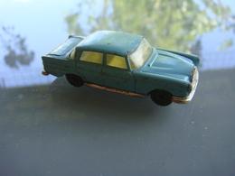 Husky Mercedes 220 - Toy Memorabilia