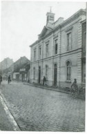 Ninove   De Gemeenteschool   +/- 1930   Reproduc. - Ninove