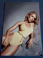 SCARLETT JOHANSSON > Schauspielerin > Sexy Pin-Up Portrait > Hochglanz-Star-Photo Im Format Ca. 12,5 X 18,5 Cm (pf250) - Photos