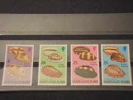 GILBERT - 1975 CONCHIGLIE 4 VALORI - NUOVI(++) - Kiribati (1979-...)