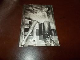 B726  Elizabeth Taylor Non Viaggiata - Attori