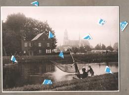 Lier Foto Photo Oude Reproductie Palingvissers Op De Nete Na WO I Met Rechts Noodwoningen Rechts Onder Get Bern. - Lier