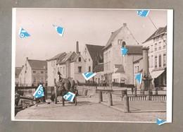 Lier Foto Photo Oude Reproductie De Vismakrt Met Pomp Rond 1900 Foto Op Karton 210 Mm X 150 Mm - Lier