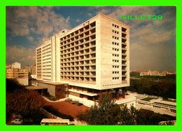 LISBOA, PORTUGAL - HOTEL RITZ, PARQUE EDUARDO VII - - Lisboa