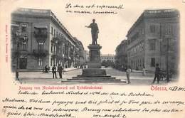 CPA ODESSA - Sortie Du Bd Nikolai Et Monument Du Duc De Richelieu - Russia